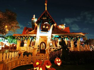 Halloween Decoration in Disneyland