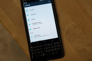 <b>How to back up your BlackBerry KEYone</b>